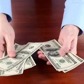 お金に対するイメージの原因は?