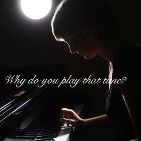 なんで、大人がそんな曲を弾くの?