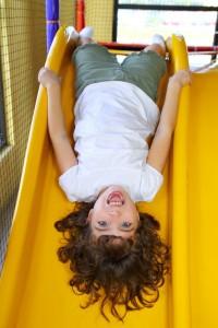 子ども:滑り台