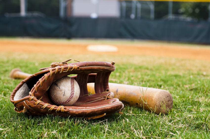 野球:バットとグローブ、ボール。